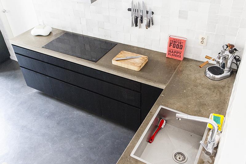 Strakke moderne keuken maatwerk